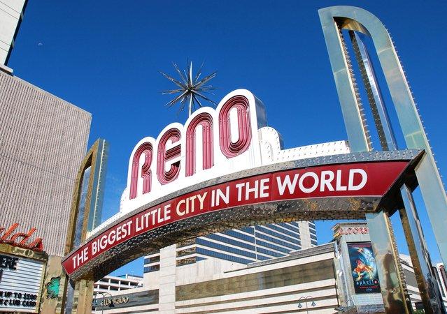 The Summit Reno >> Apartments In Reno Nv Montebello Home